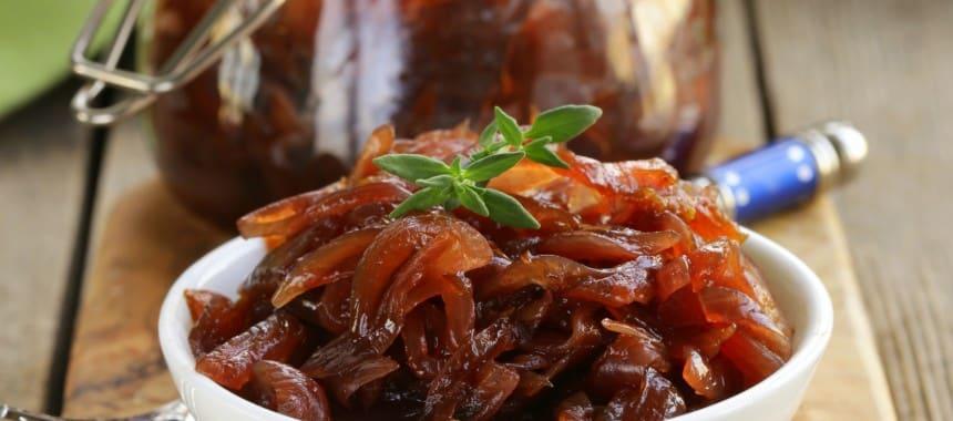 Quick Caramelized Onions + Braised Bratwurst